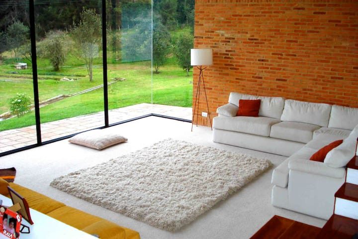 Modern La Calera Mountain Retreat - La Calera - House