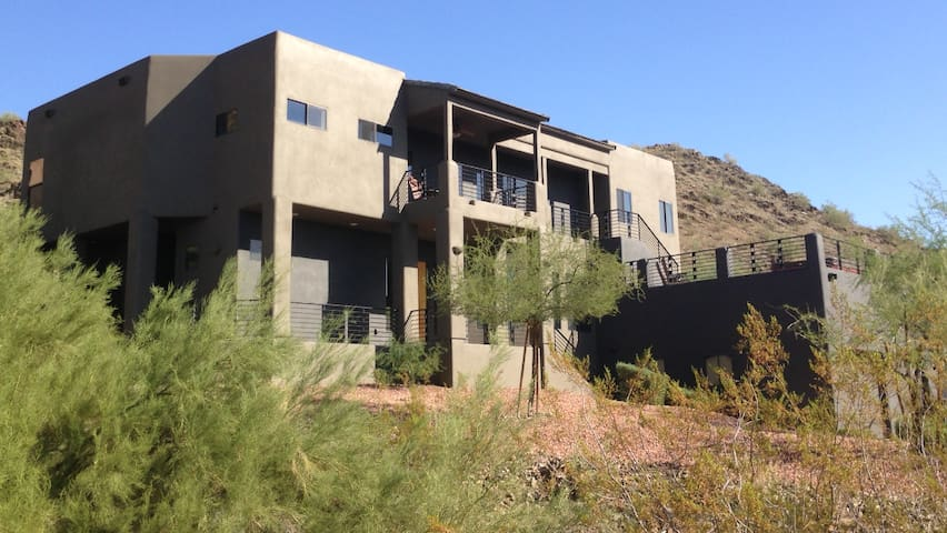 MODERN HOUSE RENTAL MTN/CITY VIEWS - Phoenix - Maison