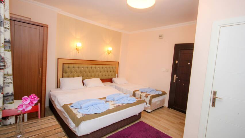 Private Large Room Sultanahmet - Free WiFi