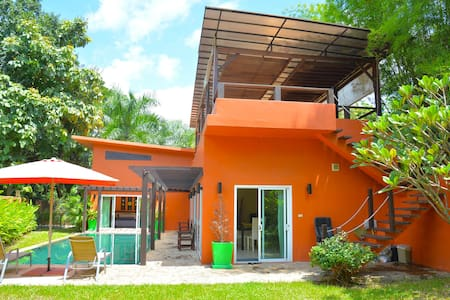 Villa Hugo, big pool/garden private - Chiang Mai
