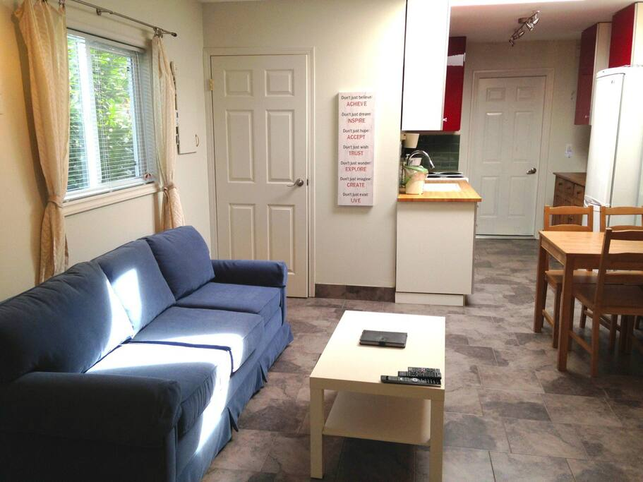 Adorable Cottage Near It All Cabins For Rent In Victoria