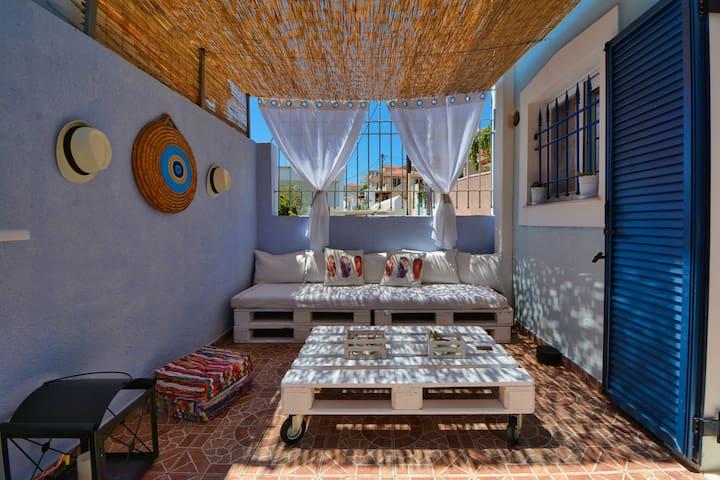 Tzofa's Apartment