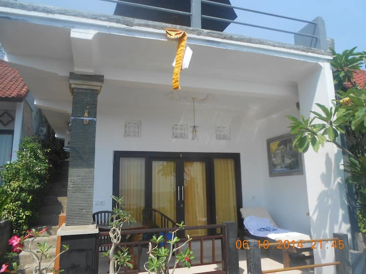 Titi Sedana Homestay, Amed room no1