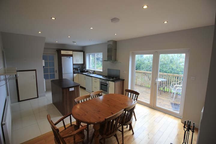 Conveniently located family home - Douglas, Cork