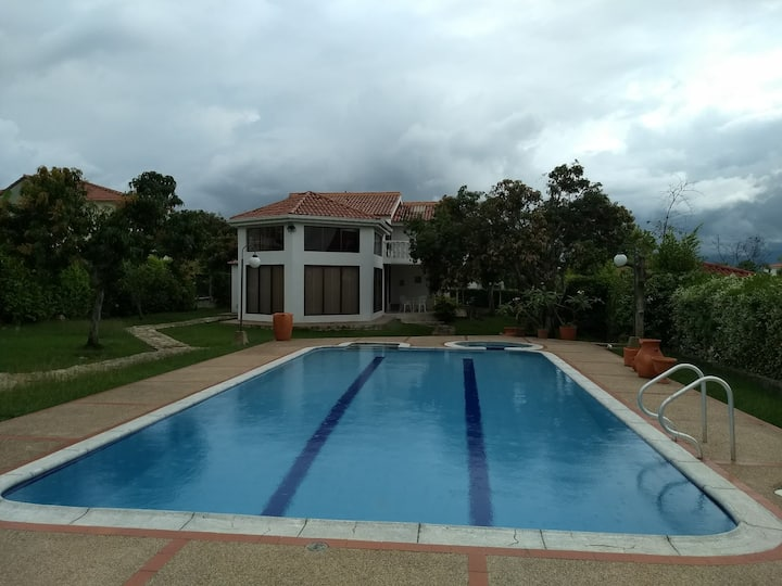 Hermosa Villa en Chinauta Beautiful countryhouse!!