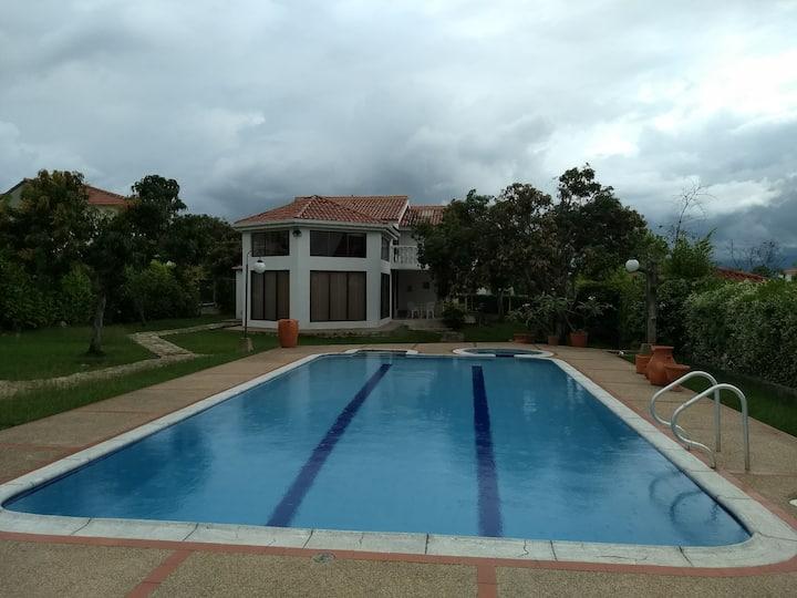 Hermosa Villa en Chinauta Beautiful countryhouse!!