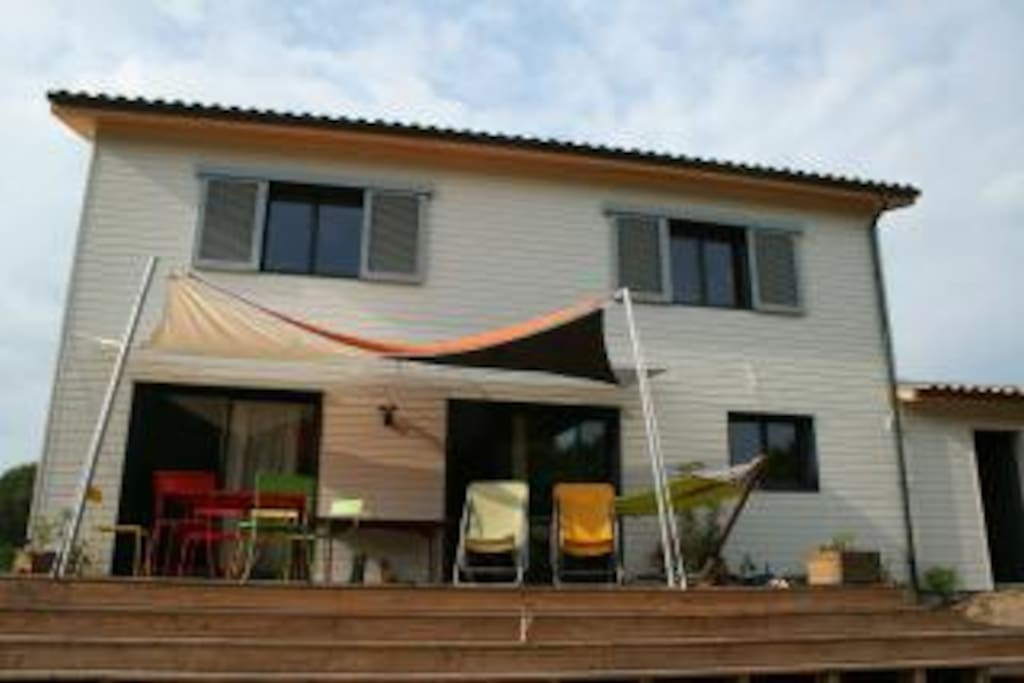 maison en bois proche mer et royan  Houses for Rent in SaintAugustin, Poito