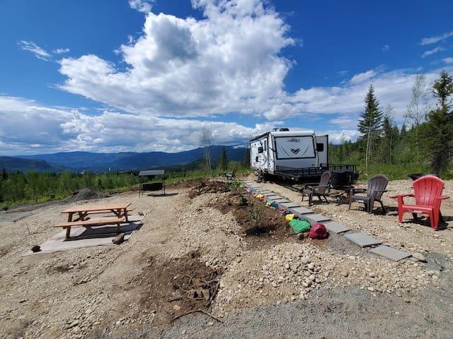 Hybrid RV on 35 acres; mtn bike/ATV trail access