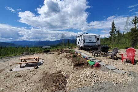 Hybrid RV on 35 acres; mtn bike/ATV trail access