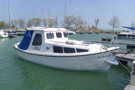 Balatonszemes, Kikötő - Boat