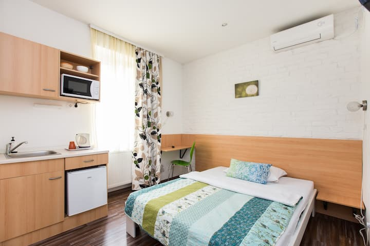 Room with kitchenette for 1 person