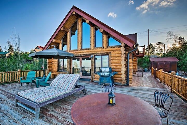 Central Mt Lemmon Getaway w/ 2 Decks, BBQ & Views!