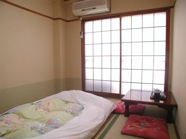 【Non-Smoking】 Japanese-Style Room 6 Tatami mats