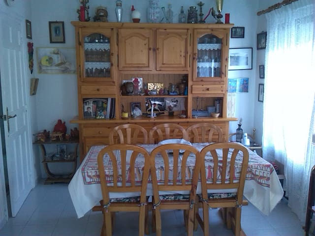 Family-friendly House in a small town near Segovia - Madrona - Haus