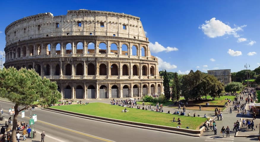 THE SHADOW OF THE COLOSSEUM