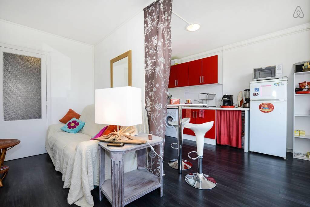 Chambre avec parking gratuit appartements louer for Louer chambre bordeaux