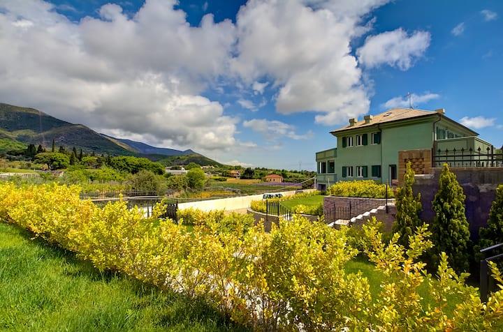 Villamir Albenga 3km al Mare luxury