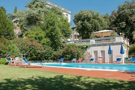 Villa I Lecci - Tuoro Sul Trasimeno