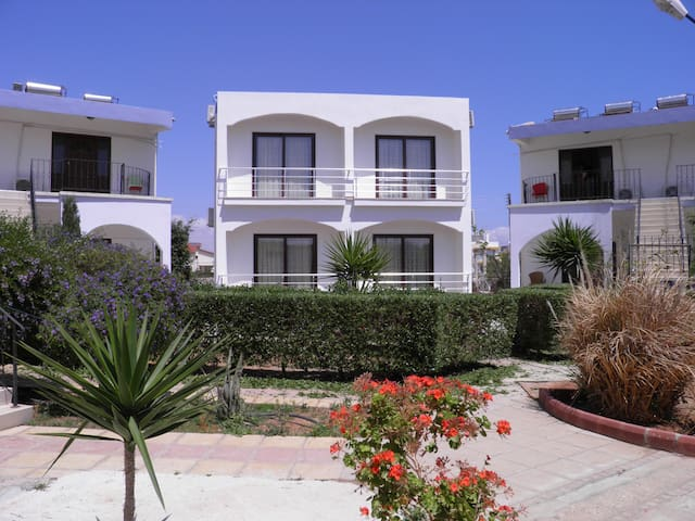 Crystal Rocks Holiday Village Cyprus - Mersin - Pousada