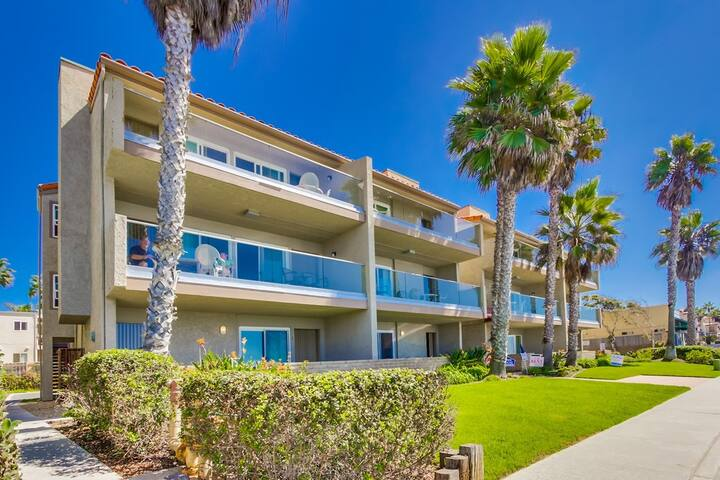Sea Breeze #8a - on the beach! Ask for specials! - Carlsbad - Apartment