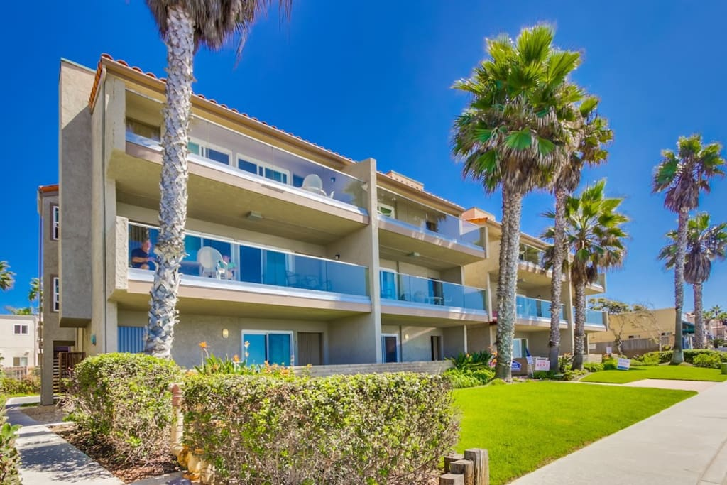 Sea Breeze 6a On The Beach Ask For Specials Apartments For Rent In Carlsbad California