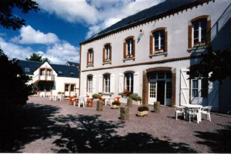 Villa Sainte-Marie - Appartement / Gites dans bâtiment situé à droite