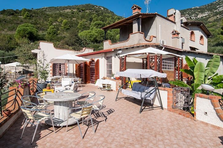 Relax totale Stanza Maga Circe - Terracina - Bed & Breakfast