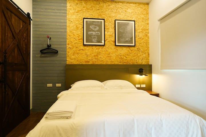GOODDAY HOSTEL / 好天旅店雙人房 / Room C