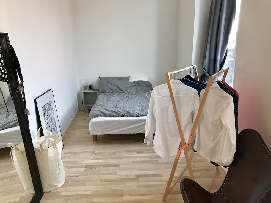 nice apartment 10 minutes from city center appartements. Black Bedroom Furniture Sets. Home Design Ideas