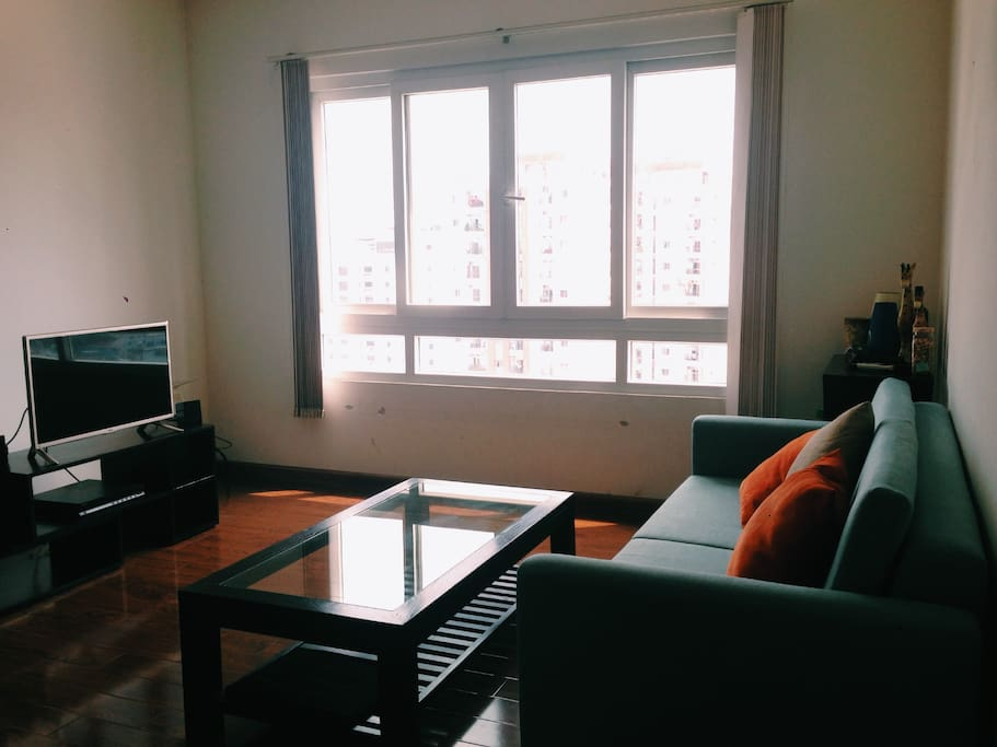 Bright and cozy space with view to Saigon River