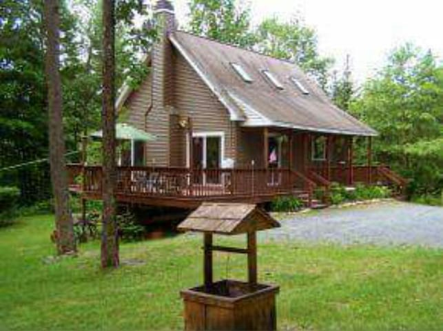 Moose Chalet- A fun vacation home - Warren - Huis