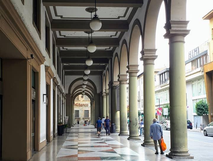 Arezzo CENTRO STORICO-Downtown TOP position :app X