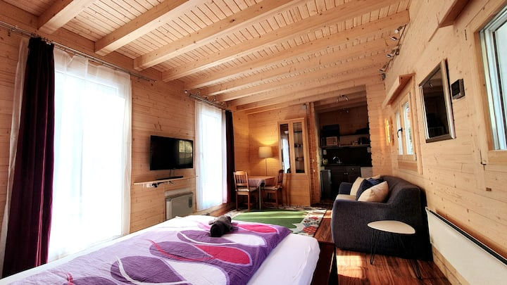 Montezila Log Cabin - Private Parking & Terrace