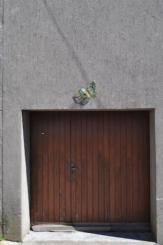 Garage pour vélos, remorque, moto...