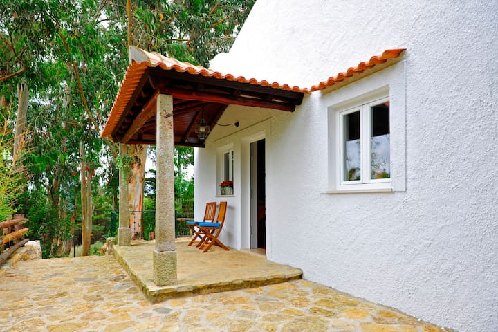 Cottage in the woods at Quinta dos Lagos - Sintra - Sintra