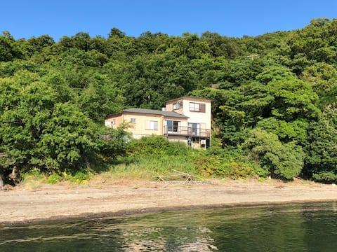 絶景!海沿いの別荘完全貸切。大切な方と、完全にプライベートで過ごせる! Villa 汐音(シオン)