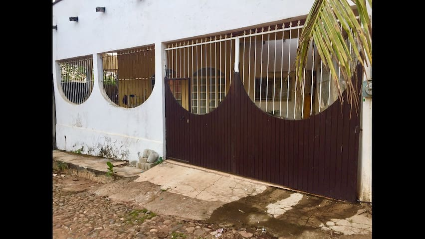 3 bedrooms house close to the beach - Chacala  - Rumah