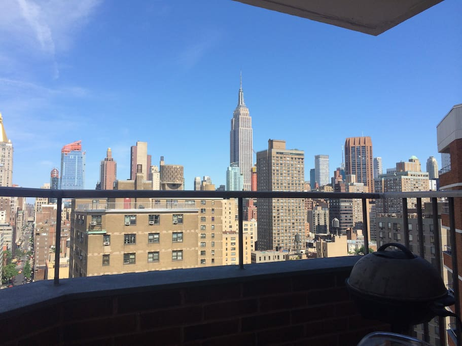 View to Empire State buiding