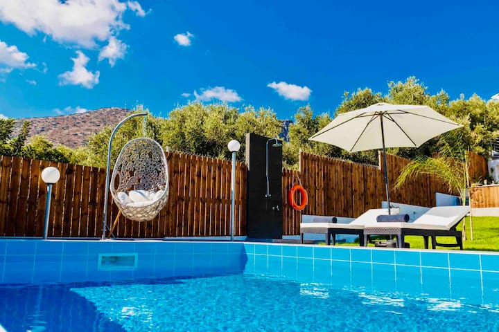 Izabela Two Bedroom Apartment with Private Pool