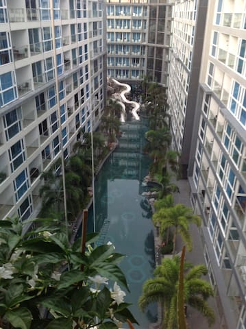 Best pool view top floor luxury studio condo