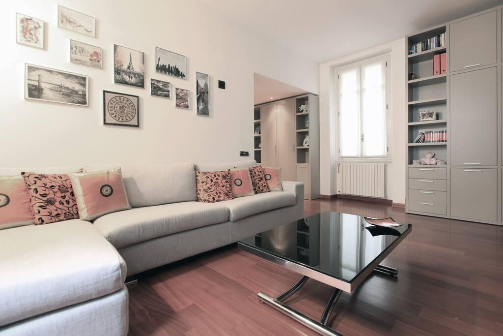 Living room with double sofa bed - Salotto con divano-letto matrimoniale
