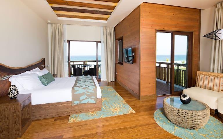 Indura Ocean View Villa 5-201