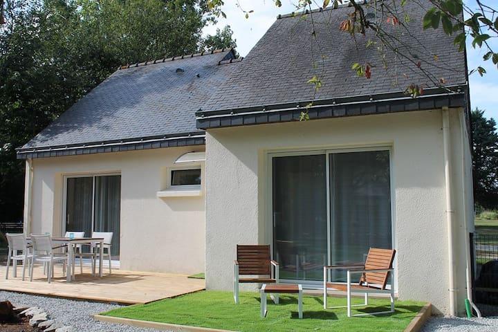 La Villa Marelie - Le Tour-du-Parc - Maison
