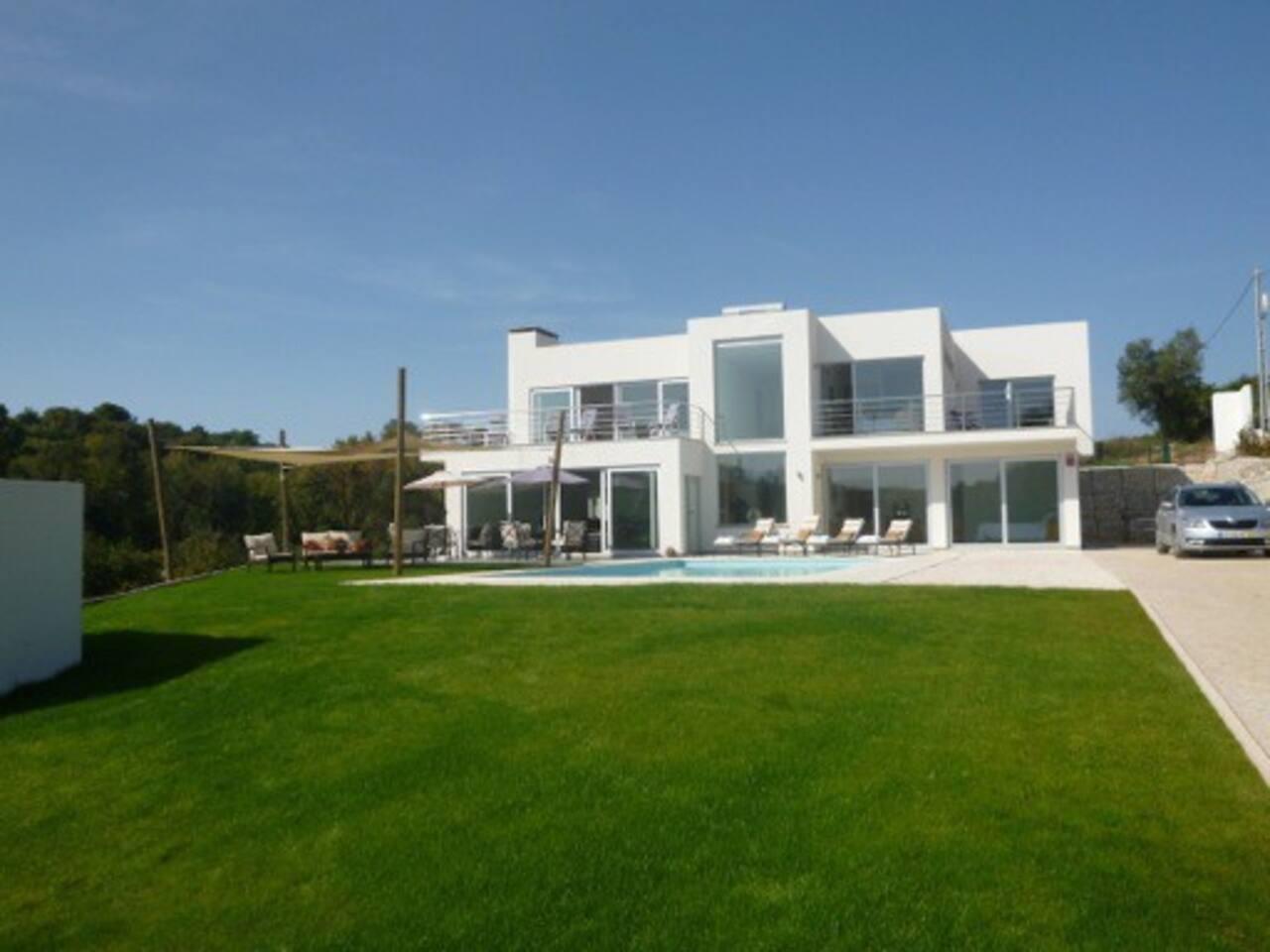 Peach Grove - Houses for Rent in Casais Da Vestiaria. Alcobaça ...