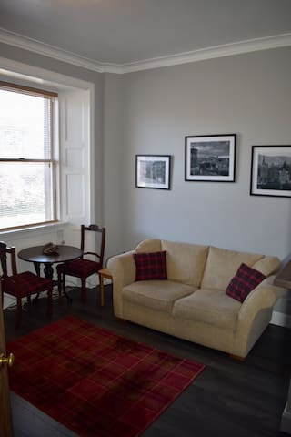 Edina place - Lovely central one bedroom apartment