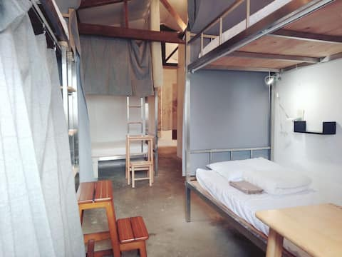 Orchid Island【Mixed dorm】TOMODACHI