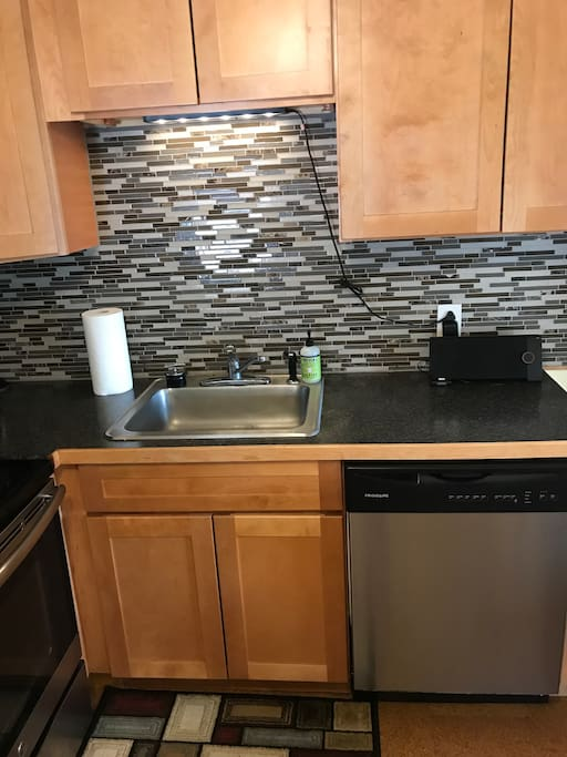 Nice kitchen with dishwasher