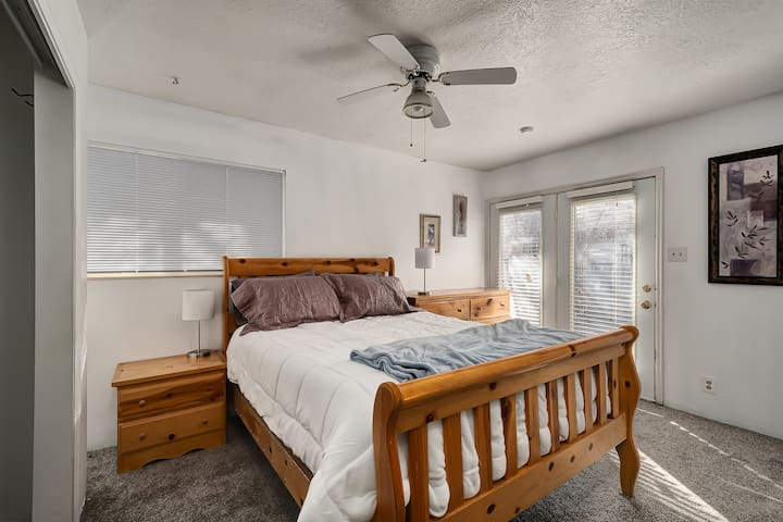 Ogden 3 Bed 2 Bath Full House - 100% Private Space