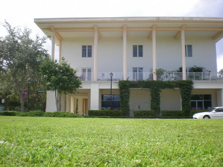 ONE OF A KIND DOWNTOWN ABACOA CONDO