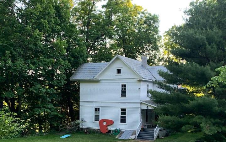 Sweet old home between Callicoon & Narrowsburg